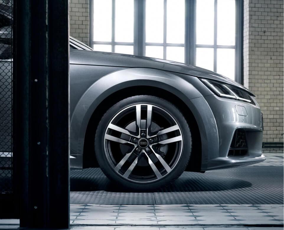 case Audi 03
